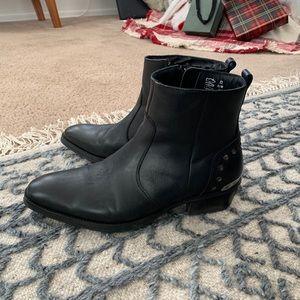 Steve Madden 'Bono' boots